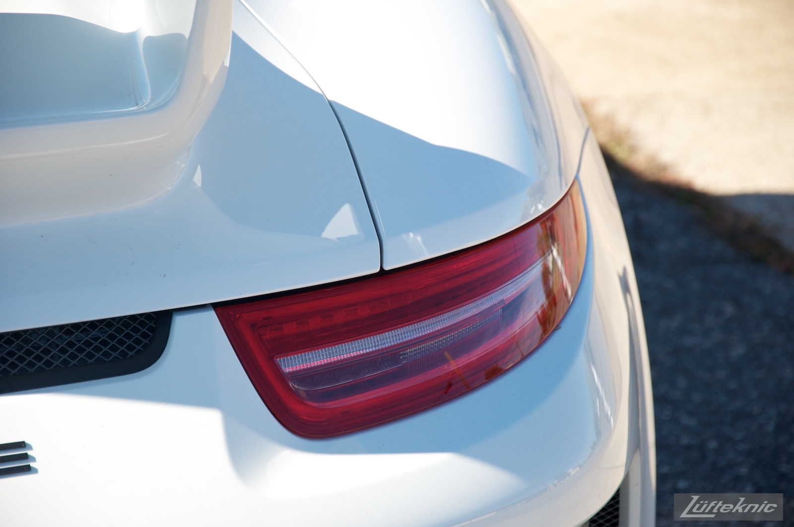 Rear taillight detail picture on the Lüfteknic Porsche 991 GT3