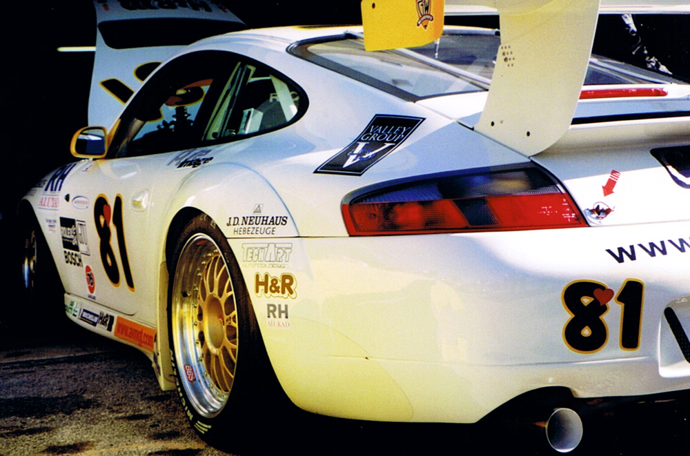 A 2000 Porsche GT3R shown from behind at Daytona in 2000.
