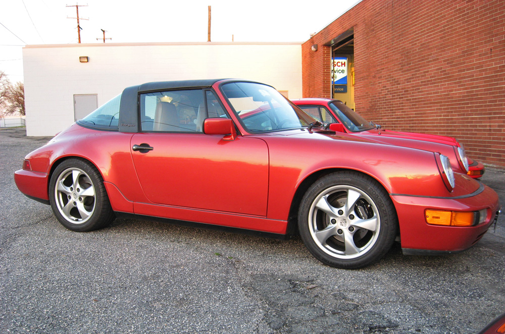 A side profile of a Porsche 964 Targa.