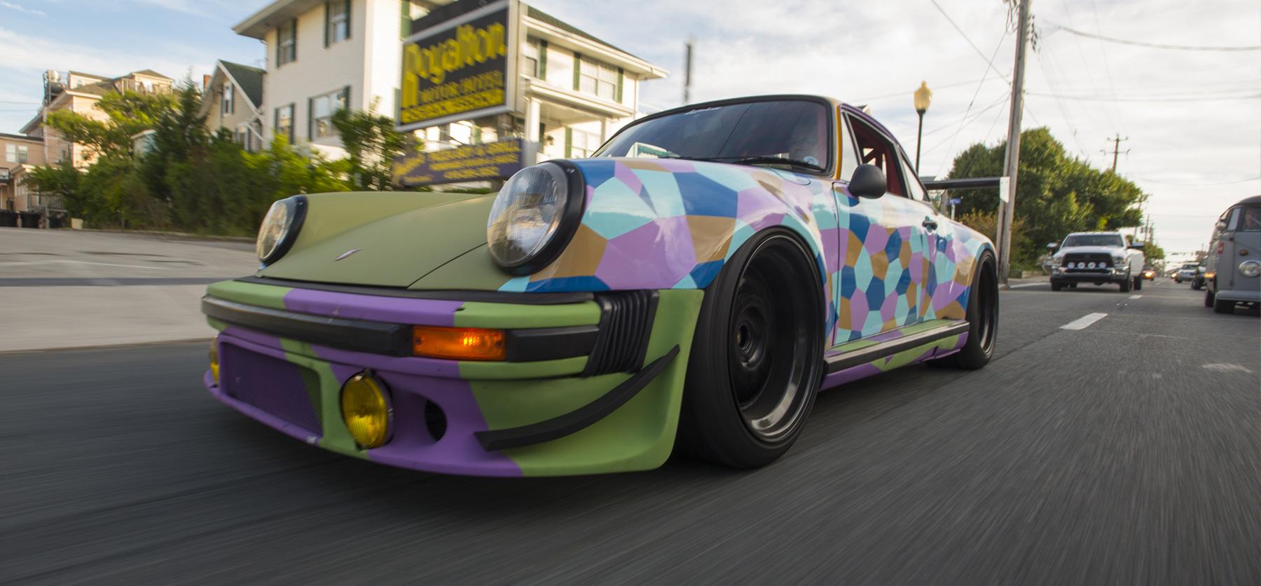 A picture of projectstuka Porsche 911 driving