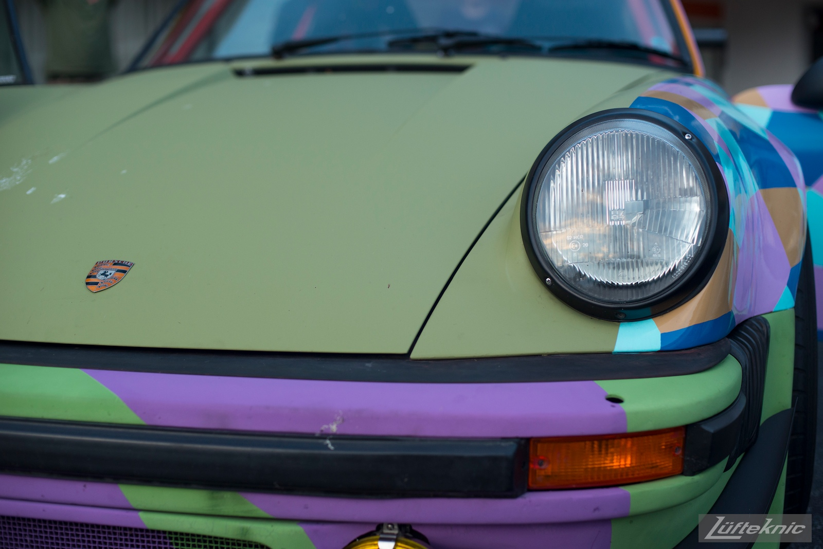 Lüfteknic #projectstuka Porsche 930 Turbo front end close up