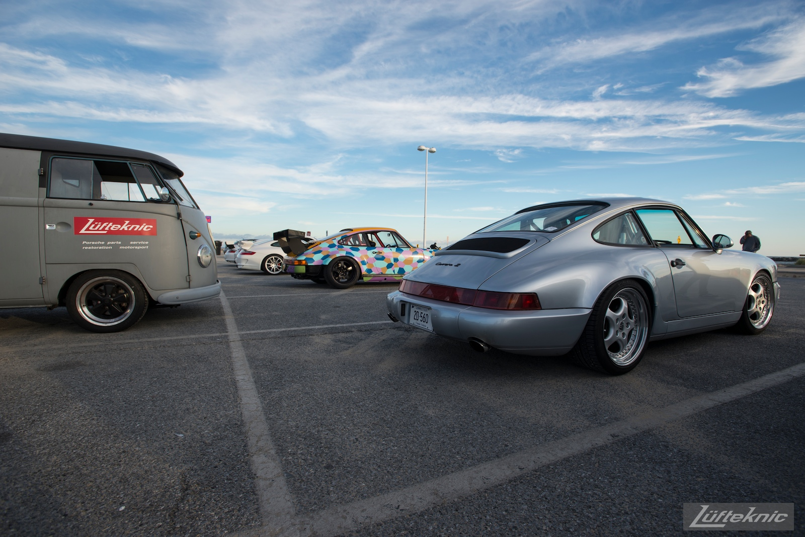 A Porsche 964 visits the Lüfteknic #projectstuka Porsche 930 Turbo