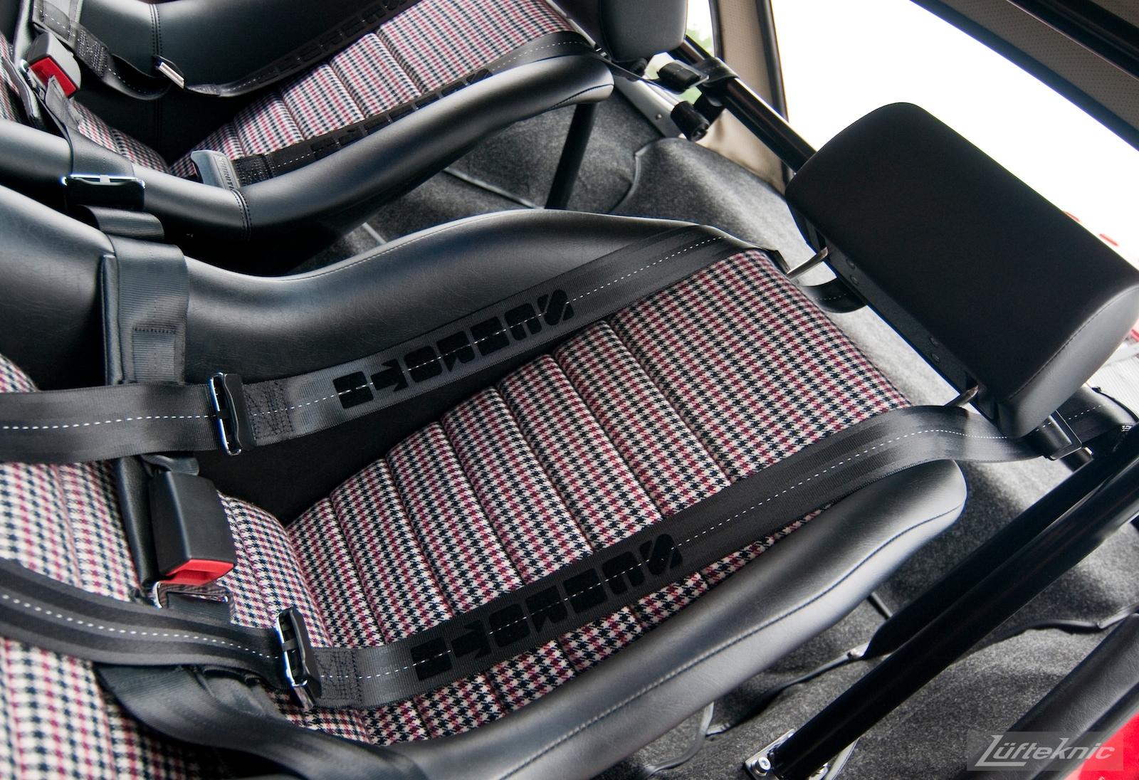 Porsche sport bucket seats with houndstooth pattern