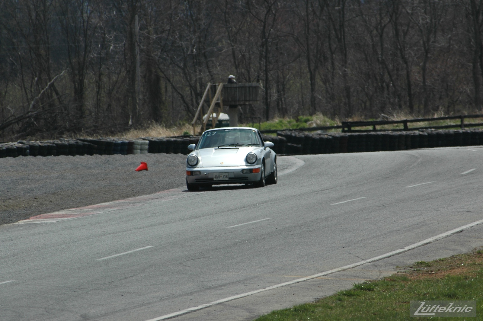 The 964 RS America on track for the first time after the accident, on a straightway.