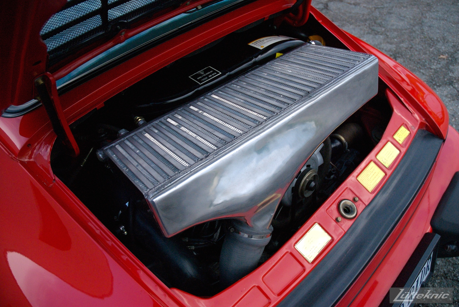 Red Porsche 930 Turbo intercooler.