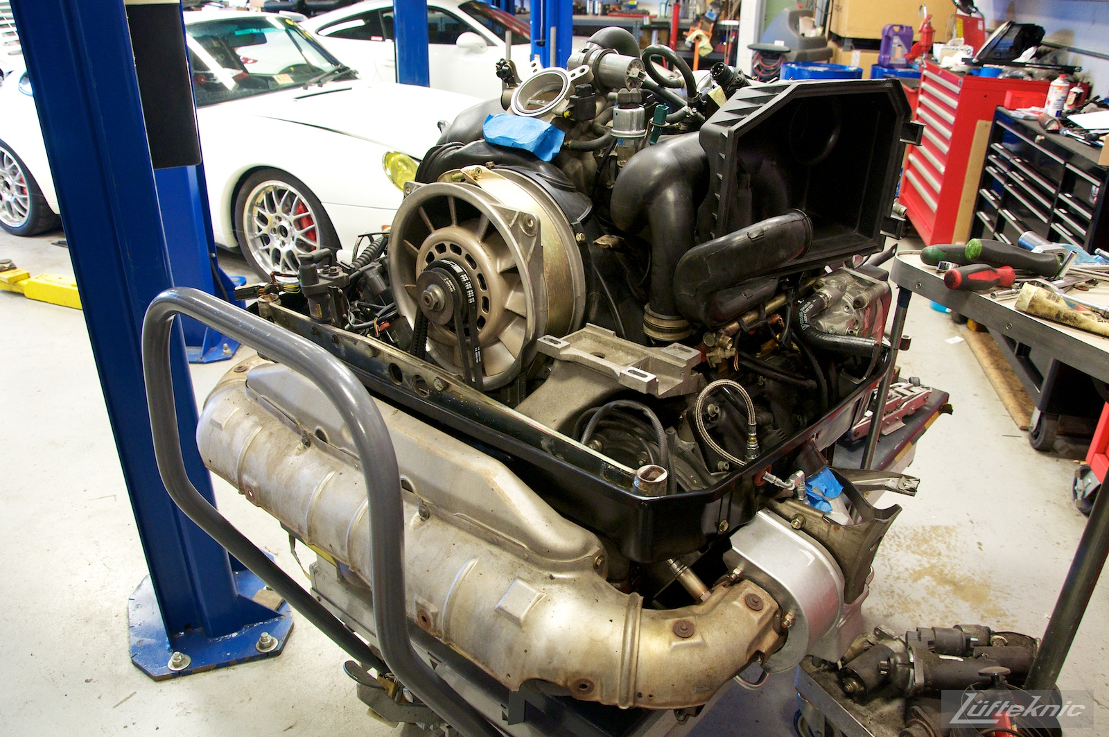 993 Turbo motor freshly rebuilt with hybrid turbos, waiting to be installed.