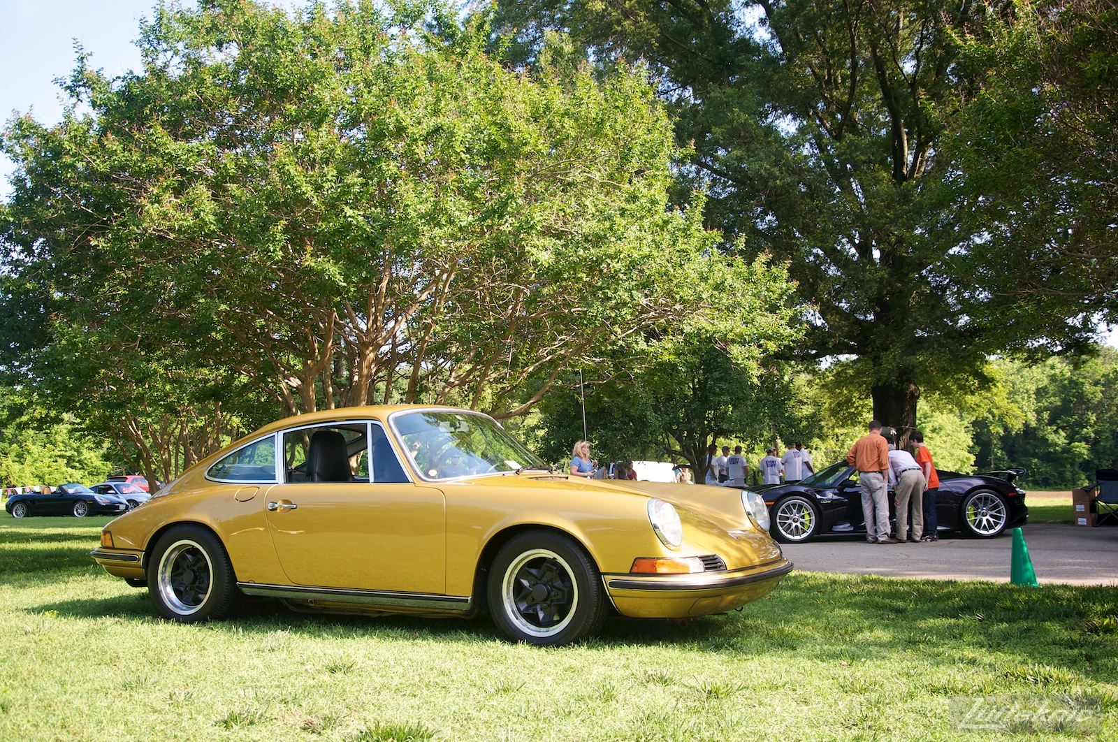 Richmond Porsche meet gold 911