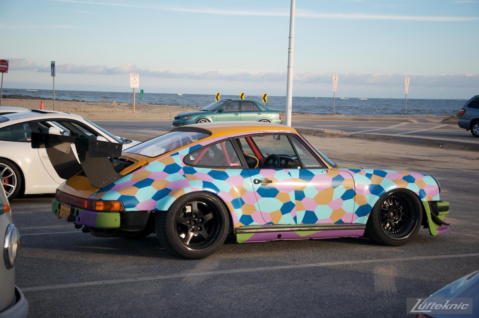 Lüfteknic #projectstuka Porsche 930 Turbo flank shot.