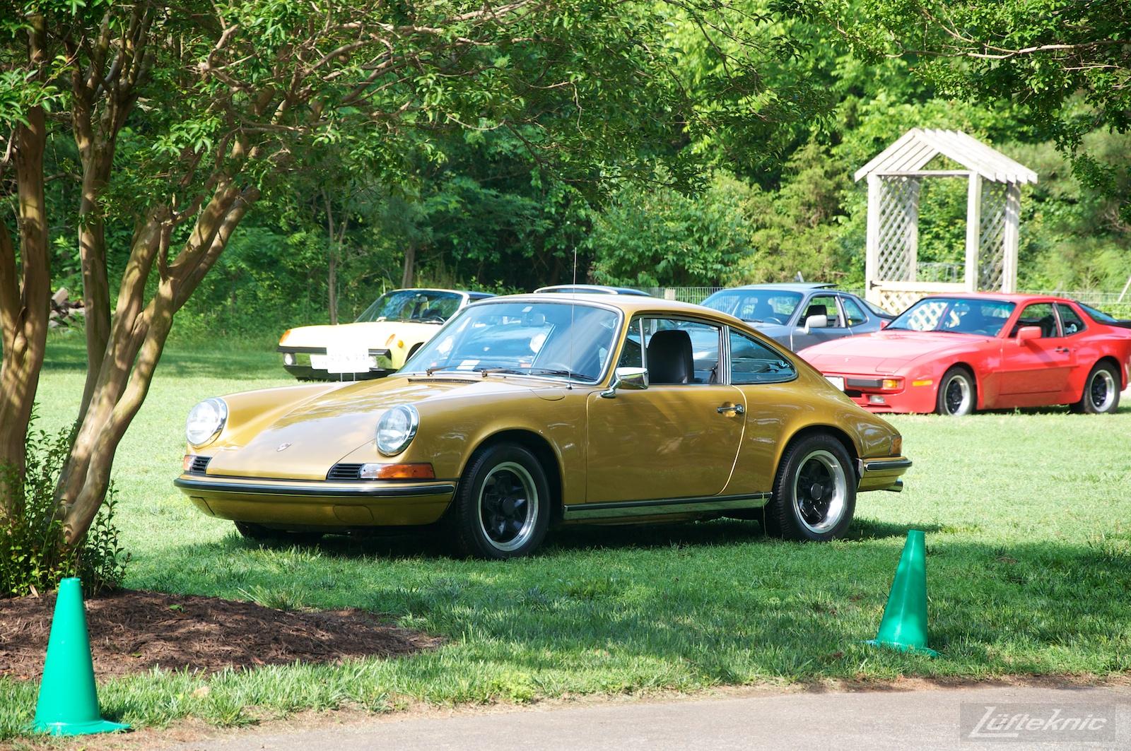Richmond Porsche meet gold 911.
