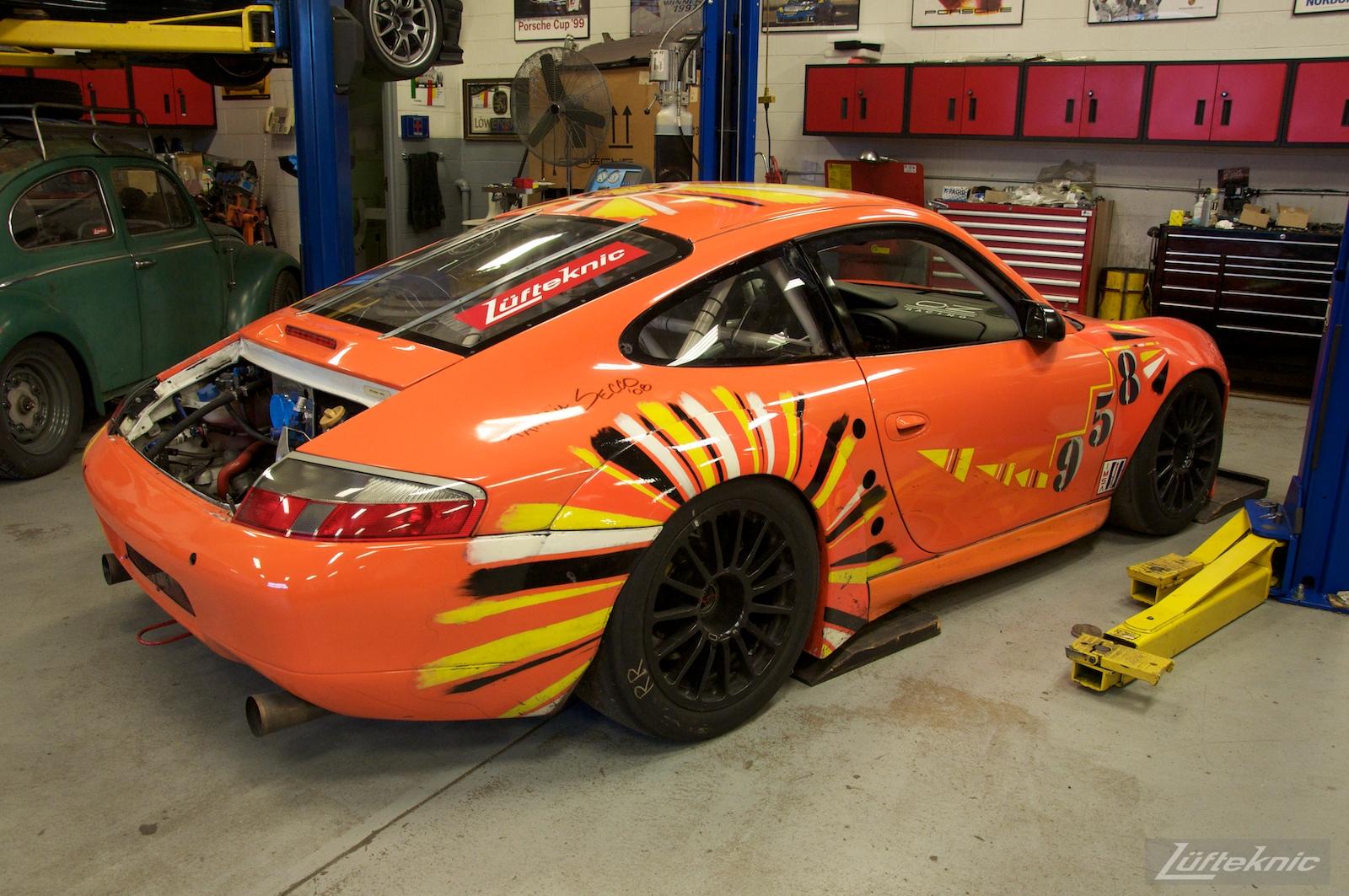 ZIP Racing Hazardous Sports Porsche 996 GT3 RS art car